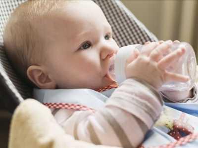 婴儿不吃奶嘴怎么办 宝宝不吃奶瓶怎么办12个小方法巧应对